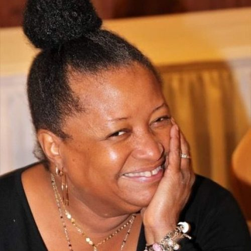 Profile picture of Lisa Harrison