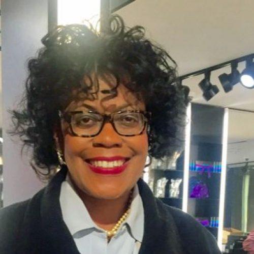 Profile picture of Karen Bond